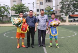 Giao hữu bóng đá giữa Công ty TNHHMTV Xổ số KTTĐ và Công an PCCC huyện Đông Anh