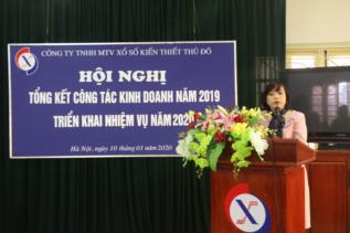 Đ/c Nguyễn Thị Thủy - Chủ tịch Công ty phát biểu tại Hội nghị tổng kết năm 2019