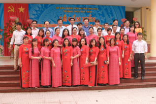 Lễ gắn biển công trình xây dựng từ nguồn thu XSKT tại trường THCS Hòa Nam, huyện Ứng Hòa
