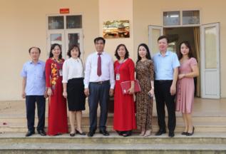 Lễ gắn biển công trình được xây dựng từ nguồn thu Xổ số tại trường Tiểu học Phù Lưu Tế - huyện Mỹ Đứ